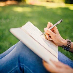 Zakaj napisati knjigo